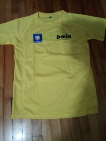 Τεχνικη μπλουζα