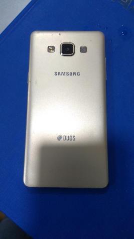 İşlənmiş Samsung A500 16 GB sarı. Photo 1