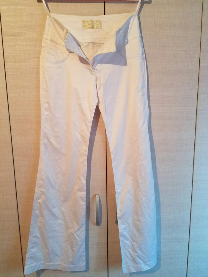 Bele saten pantalone
