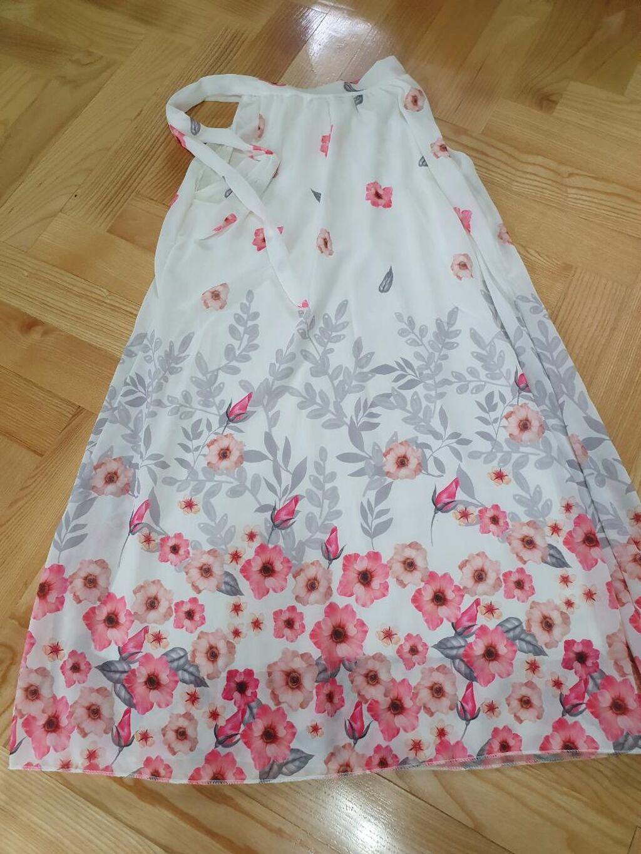 Letnja haljinica u obliku slova A. Duzina na slici