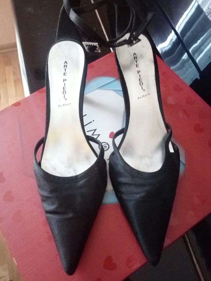 "Sandale ""arte piedi"" vel. 37 saten sa malom potpeticom nekoriscene  - Leskovac"