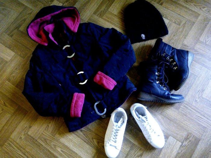Продам пакет вещей+обувь размер сапоги и ботасы-37, куртка размер 44,  в Бишкек