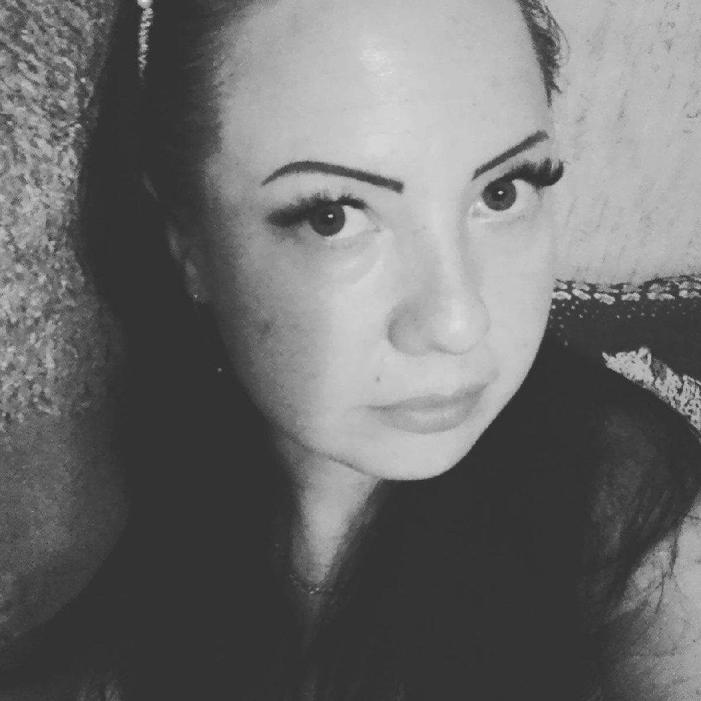 Девушка 35 лет ищет работу стрижки от долорес