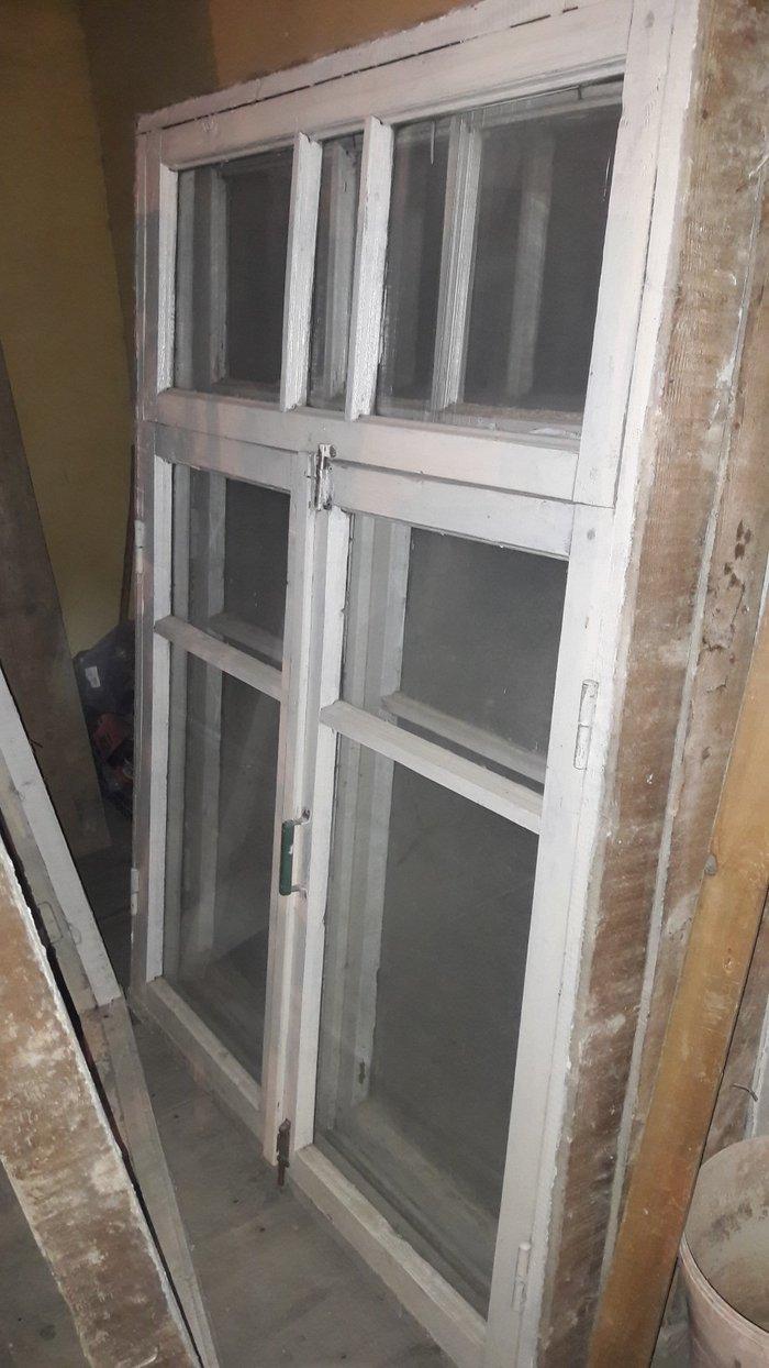 Xırdalan şəhərində Taxta pencereler, cox yaxsi veziyyetde, 120 x165 sm.Hec bir problemi