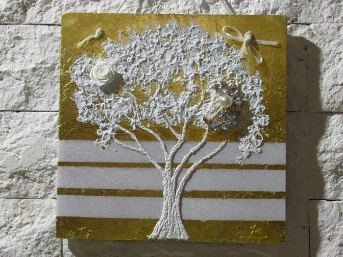 ΧΕΙΡΟΠΟΙΗΤΑ μοντέρνα δέντρα πάνω σε. Photo 3