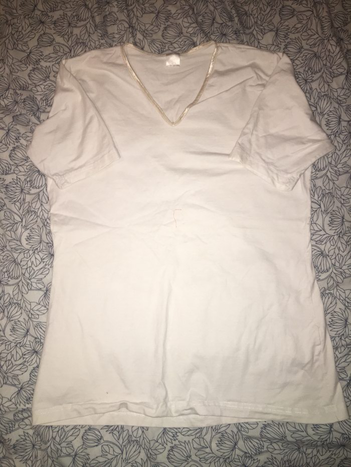 Bela zenska pamucna majica Velicina L/XL