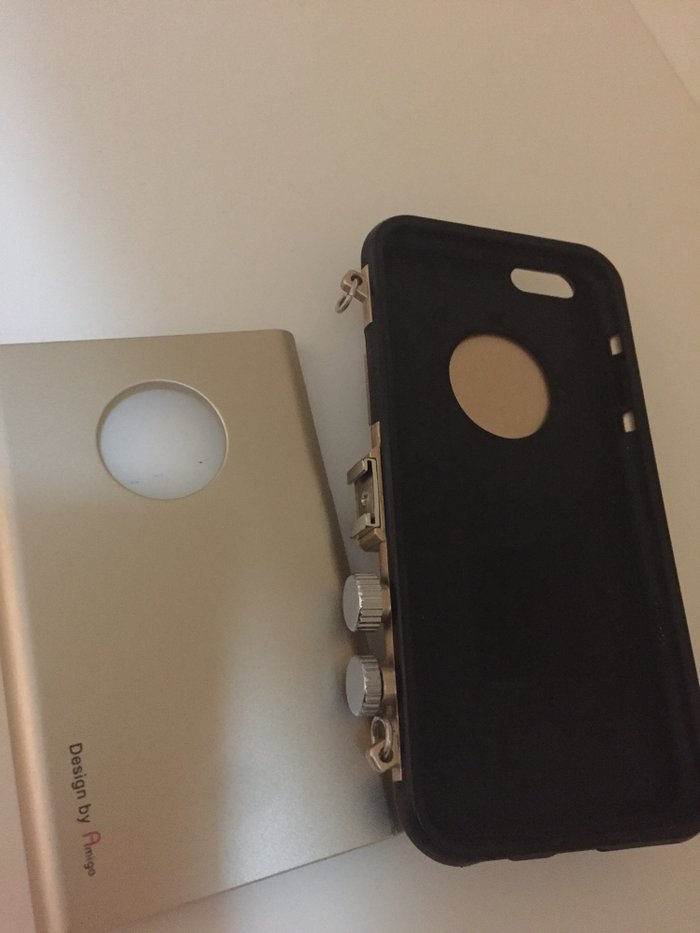 Чехол на айфон 6. фотоапаратпластик и силикон. . Photo 1