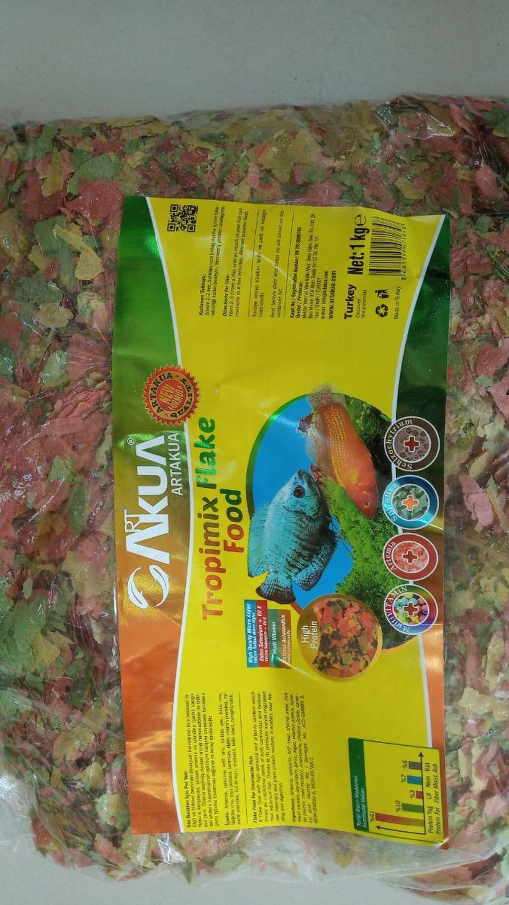 Türkiyə istehsalı yarpaq balıq yemi