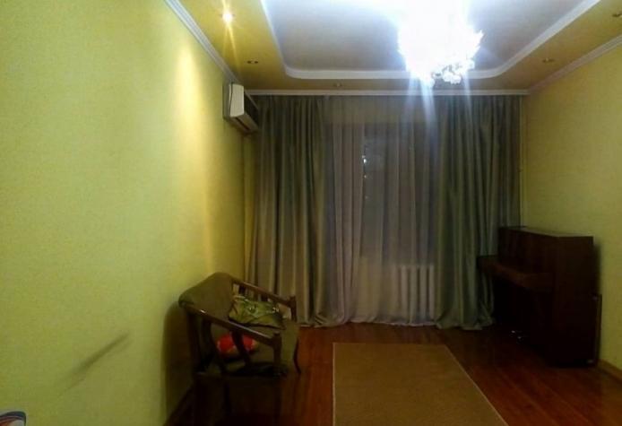 Продается квартира: 3 комнаты, 60 кв. м., Бишкек. Photo 4