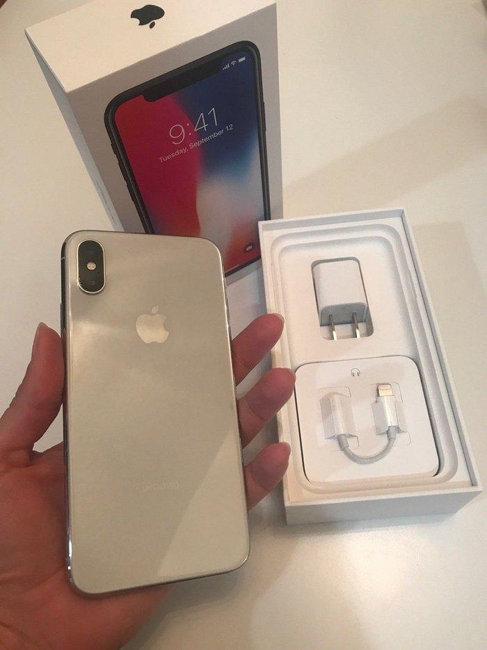 Apple iPhone X 64GB/256GB - Space Grey/ Silver/Black (Unlocked) Still in Kathmandu