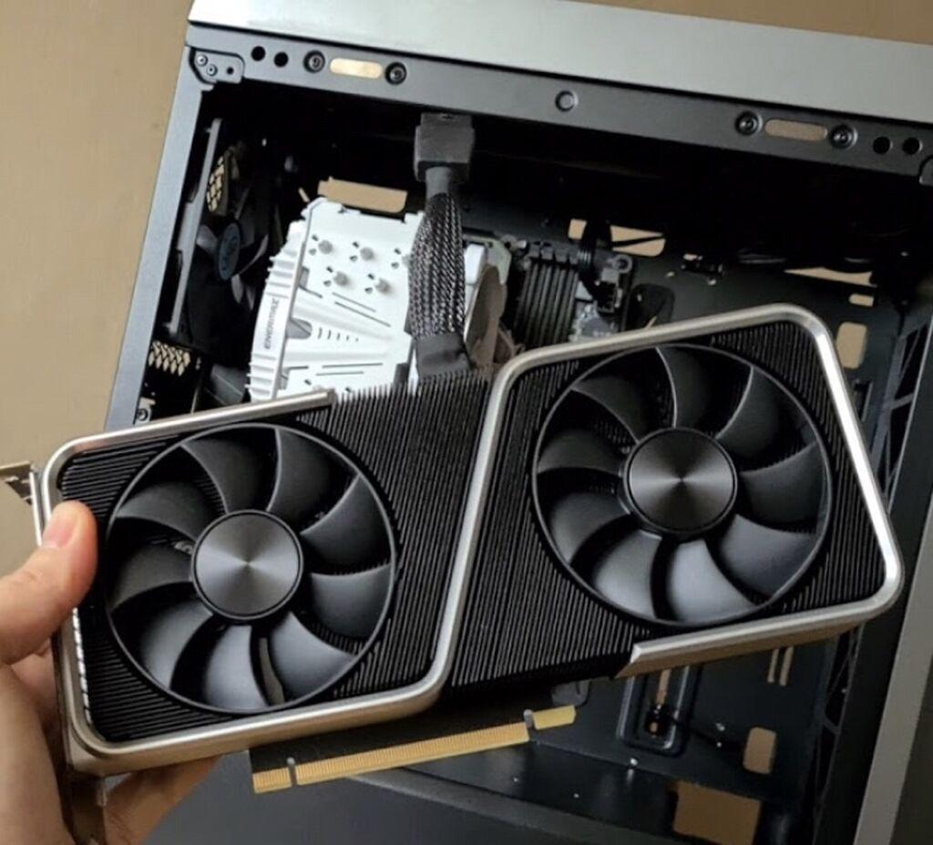 Nvidea RTX3090 20GB GDDR6X 512bit идеал: Nvidea RTX3090 20GB GDDR6X 512bit идеал