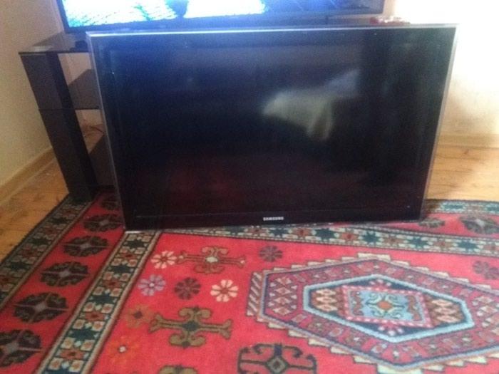 Tv Detal . ekran lentası nasazdır. başka her şey sazdır. Photo 0