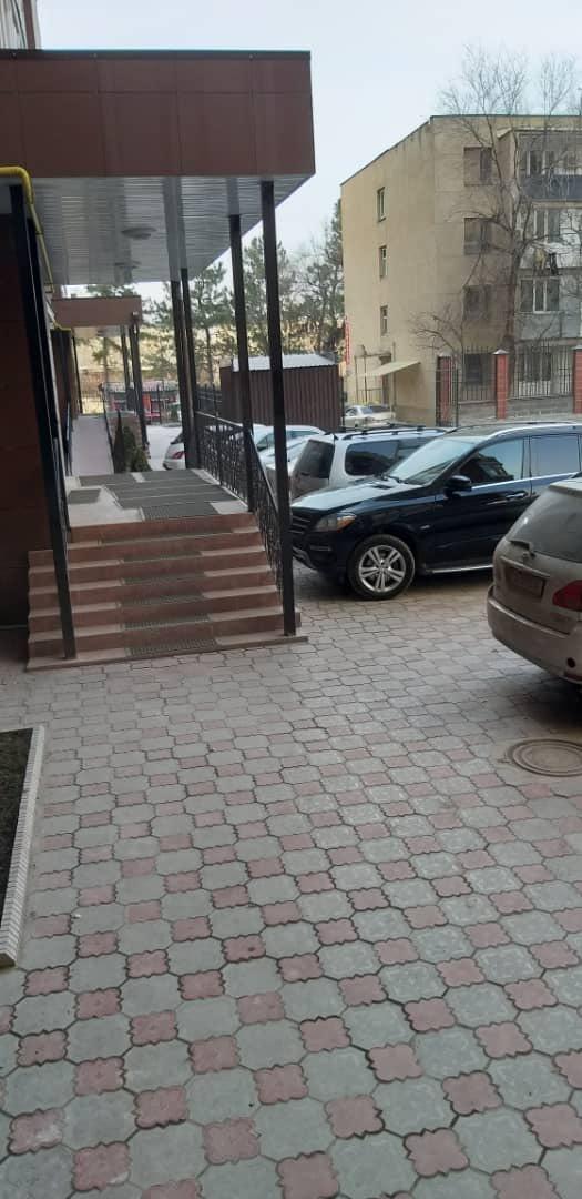 Продается квартира: 3 комнаты, 110 кв. м., Бишкек. Photo 5