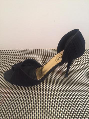 Italijanske kozne cipele, broj 38 jednom nosene kao nove, prodajem veo. Photo 0