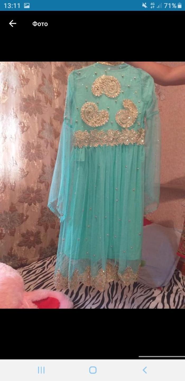 Очень красивое платье продаю срочно за (10000 )тенге. Photo 1