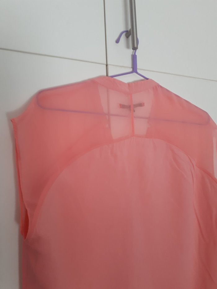 Μπλουζα ολοκαινουρια σε παλ χρωμα. Με διαφανεια στους ωμους και λαστιχ. Photo 5