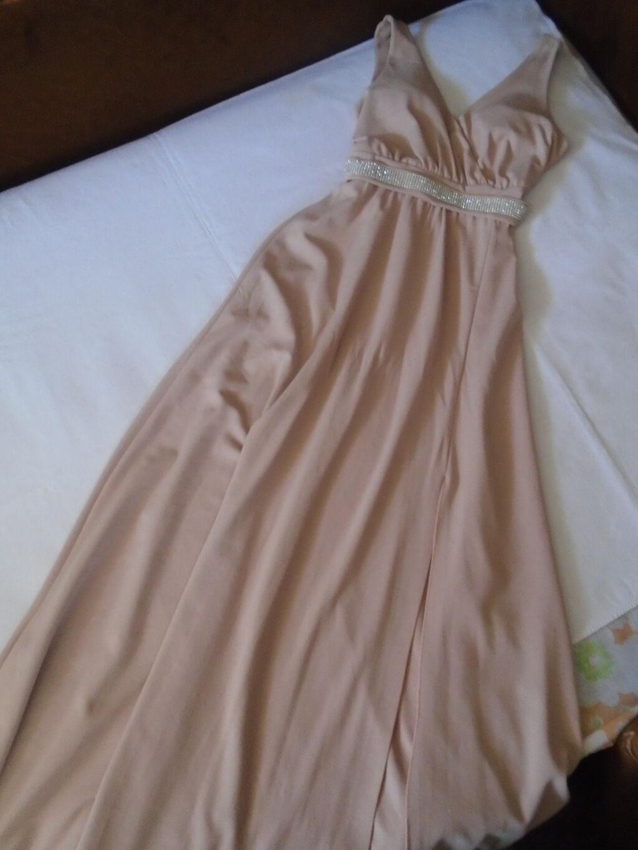 Prelepa i raskošna, dugačka puder roze svečana haljina u kojoj ćete izgledati kao princeza