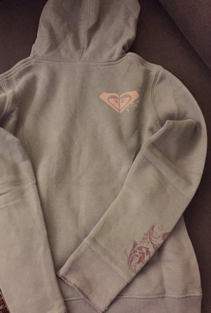 Φουτερ hoodie roxy . No ηλικία 10-12 χρ .  12€ . Photo 1