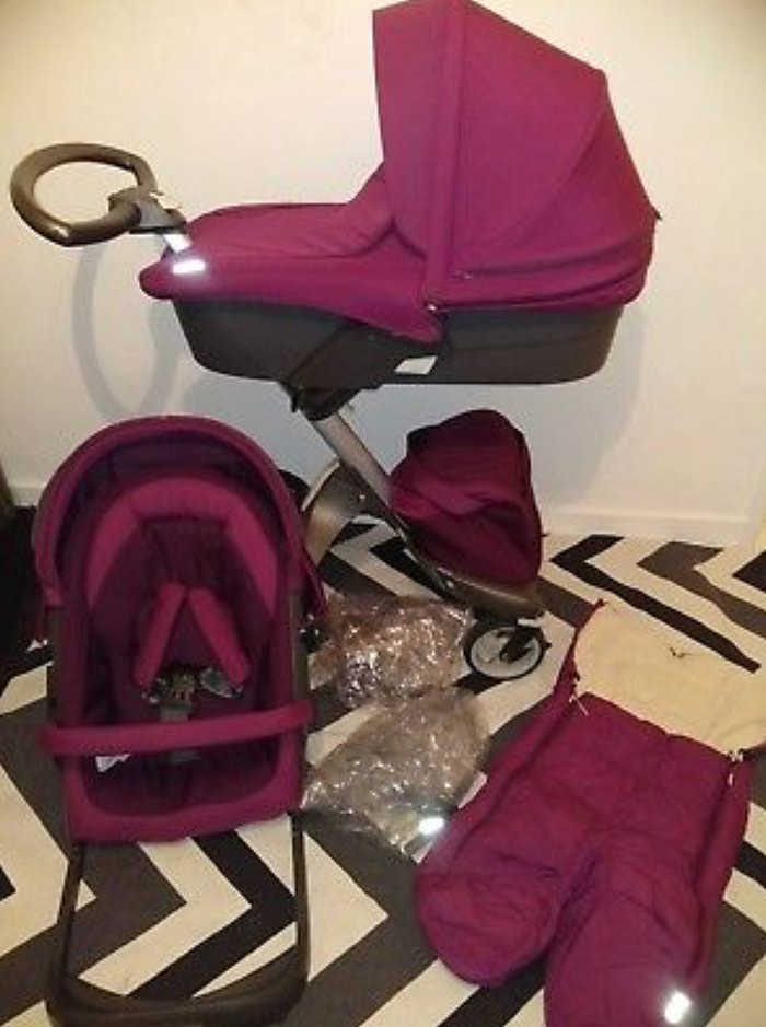 Stokke Xplory V4 Purple With Carry Cot , Seat Unit, Footmuff σε Αθήνα