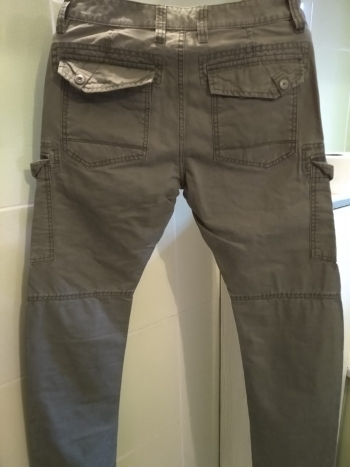 d778759322d Брюки мужские. новые. за 2000 KGS в Бишкеке  Мужские брюки на lalafo.kg