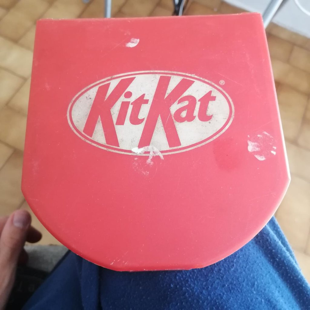 KitKat CD holder, 6 discs capacity. For collection purposes mostly