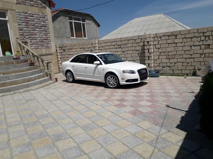 Audi A8 2008. Photo 0