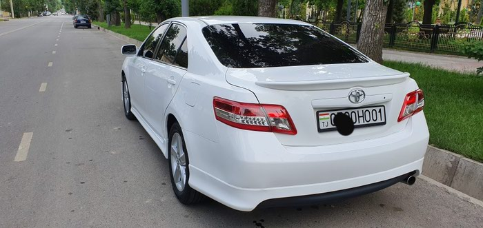 Toyota Camry 2010. Photo 2