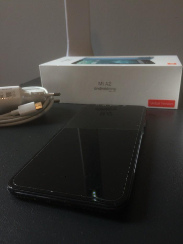 Μεταχειρισμένο Xiaomi Mi A2 64 GB μαύρος. Photo 2