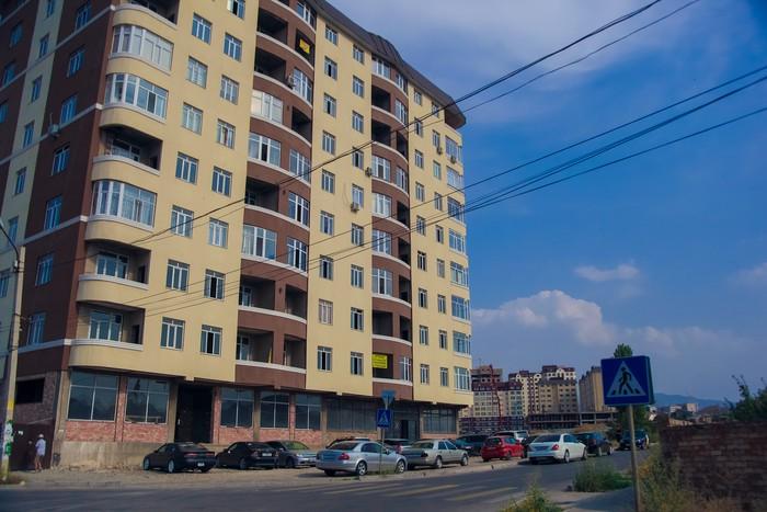 Продается квартира: 2 комнаты, 74 кв. м., Бишкек. Photo 1