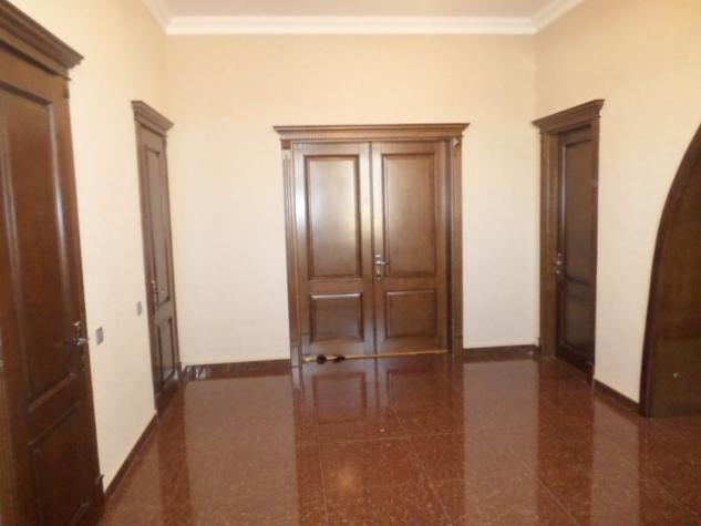 Satış Evlər vasitəçidən: 520 kv. m., 6 otaqlı. Photo 4