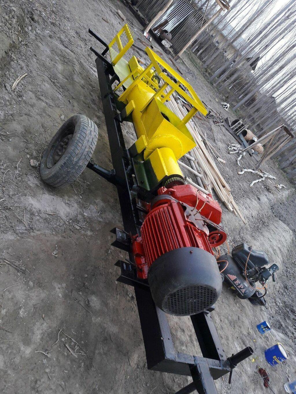 Продаётся мини кирпичный завод за час выпускает от 800 до 1000 кирпи: Продаётся мини кирпичный завод , за час выпускает от 800 до 1000 кирпи