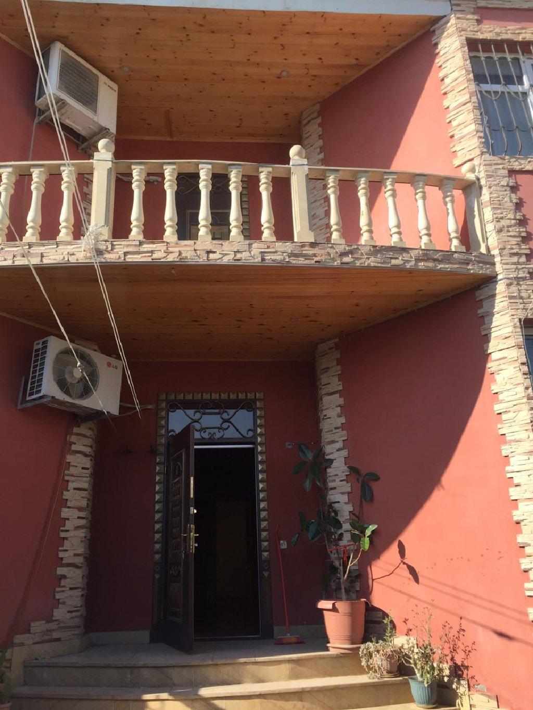 Satış Evlər vasitəçidən: 360 kv. m, 7 otaqlı