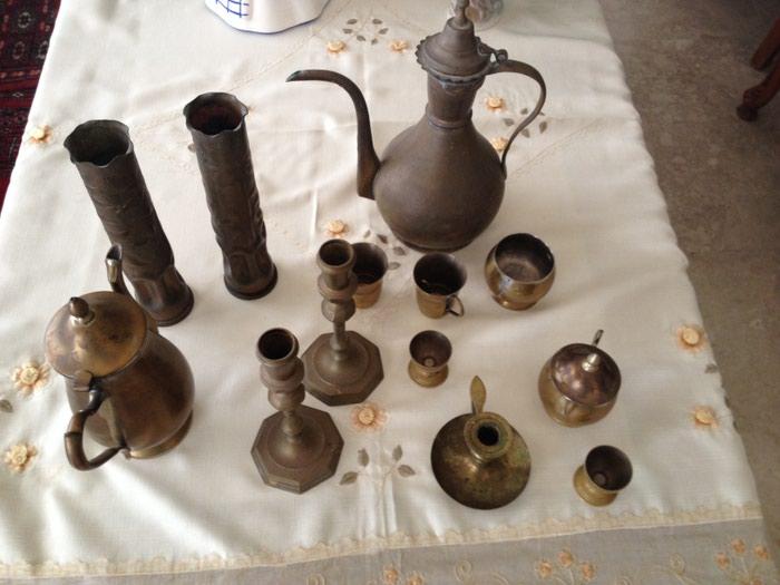 ΣΕΤ μπρούτζινα αντικείμενα σε Κεντρική Θεσσαλονίκη