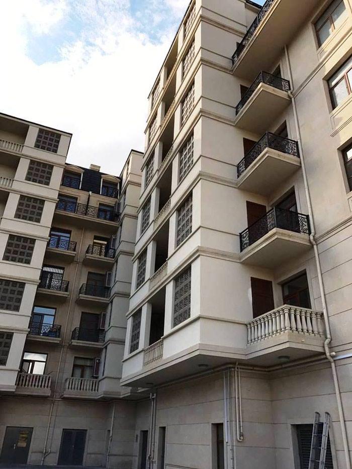"Bakı şəhərində Сдаётся 3-х комнатная квартира в комплексе ""White City"". Общая"