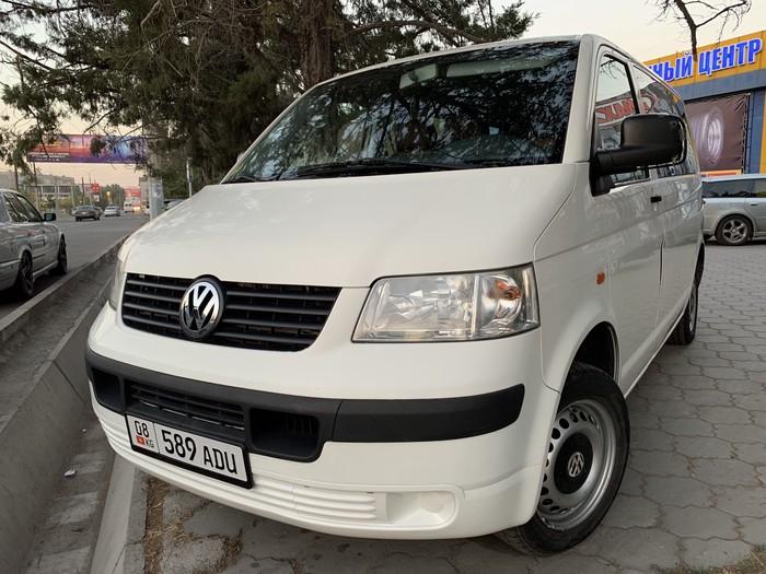 Volkswagen Transporter 2004. Photo 0