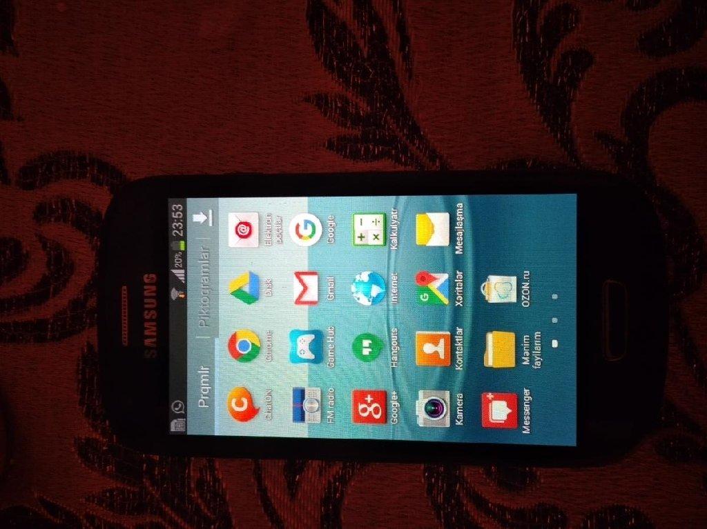 Samsung S3 mini heç bir problemi yoxdur qabaq sekil çekeni var