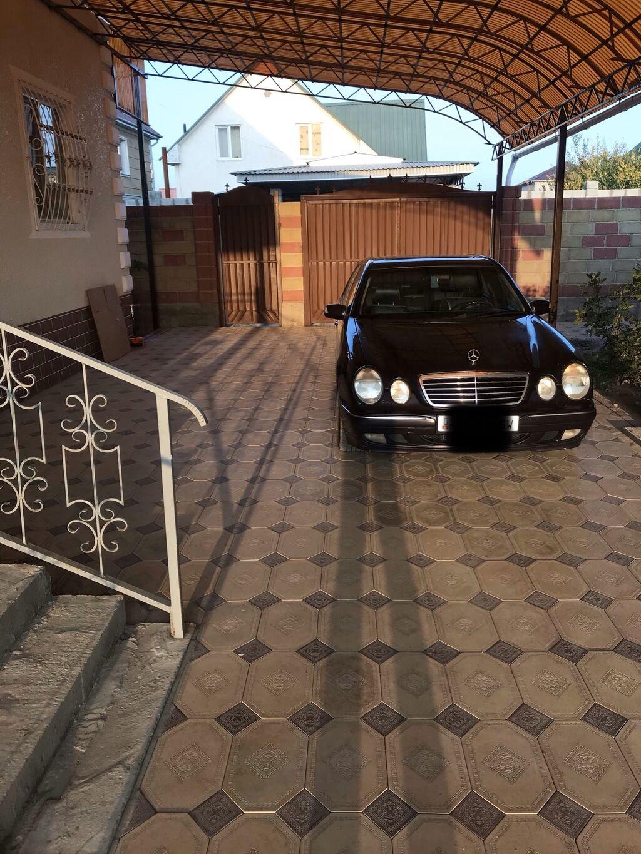 Mercedes-Benz E 430 4.3 л. 2000: Mercedes-Benz E 430 4.3 л. 2000