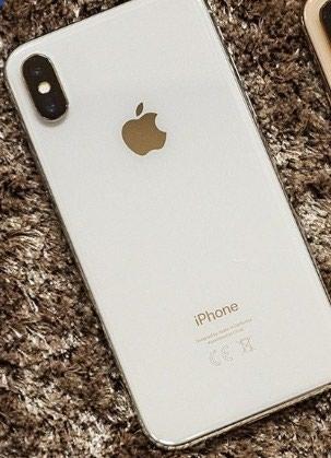 Срочно продам абсолютно новый белый Айфон ХС . Photo 0