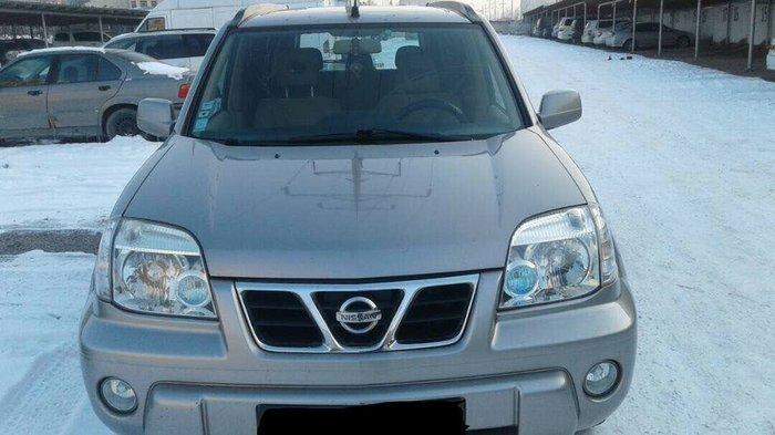 машина очень хорошая  экономичная каробка 6 ступеней.. 4-wd!!!! вниман в Бишкек