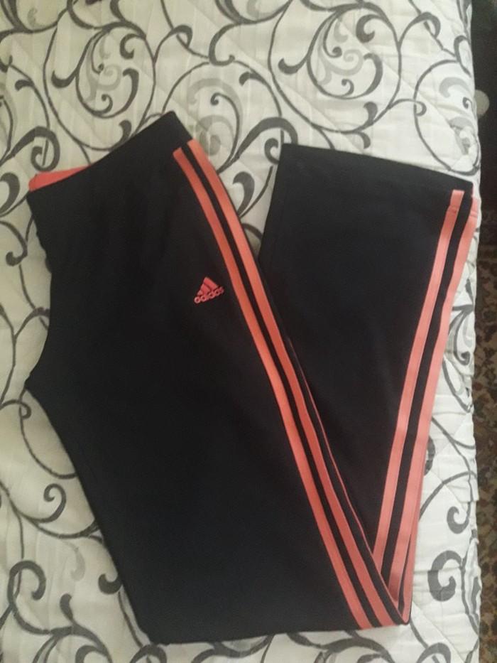 Adidas trenerka nova,velicina l/xl