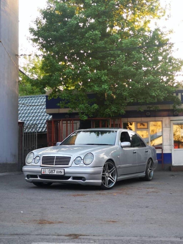 Mercedes-Benz E 55 5.4 л. 1997   91 км: Mercedes-Benz E 55 5.4 л. 1997   91 км