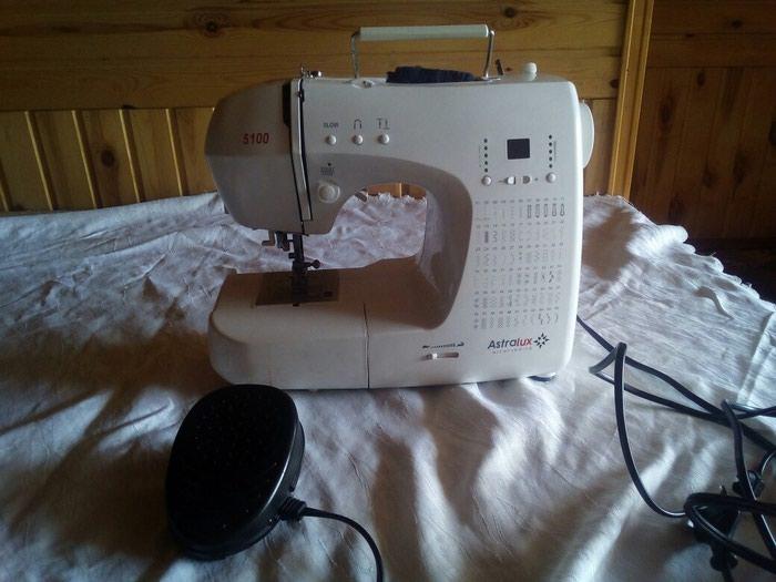 Швейные машина. Photo 0
