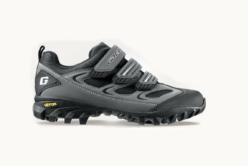 Велосипедная обувь, велотуфли, Италия GAERNE размер 42Бу в хорошем: Велосипедная обувь, велотуфли, Италия GAERNE , размер 42Бу в хорошем