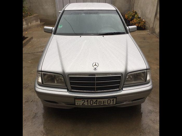 Mercedes-Benz C 180 2000 в Душанбе
