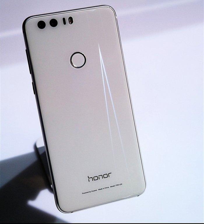 Huawei honor 8 white perla.. Photo 1