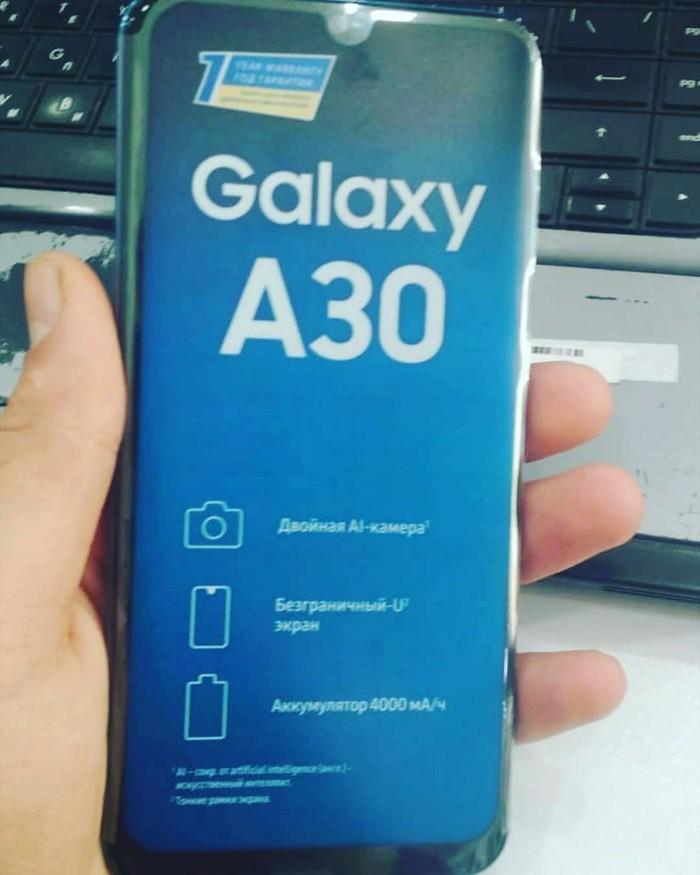 Новый Samsung A300 32 ГБ . Photo 0