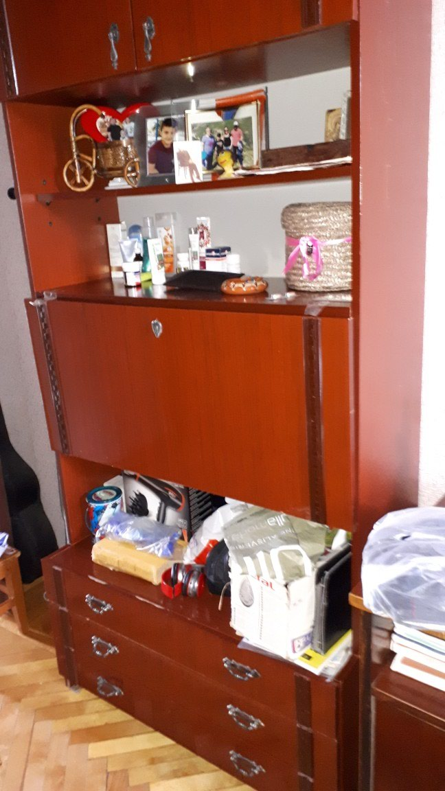 Срочно продается краснодарский шкаф,недорого. Photo 0