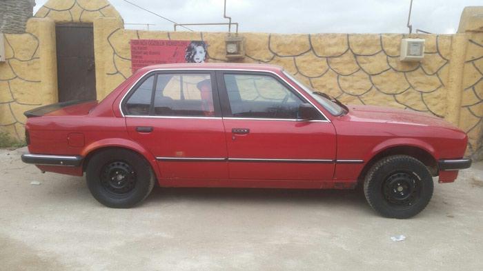 BMW 118 . Photo 6
