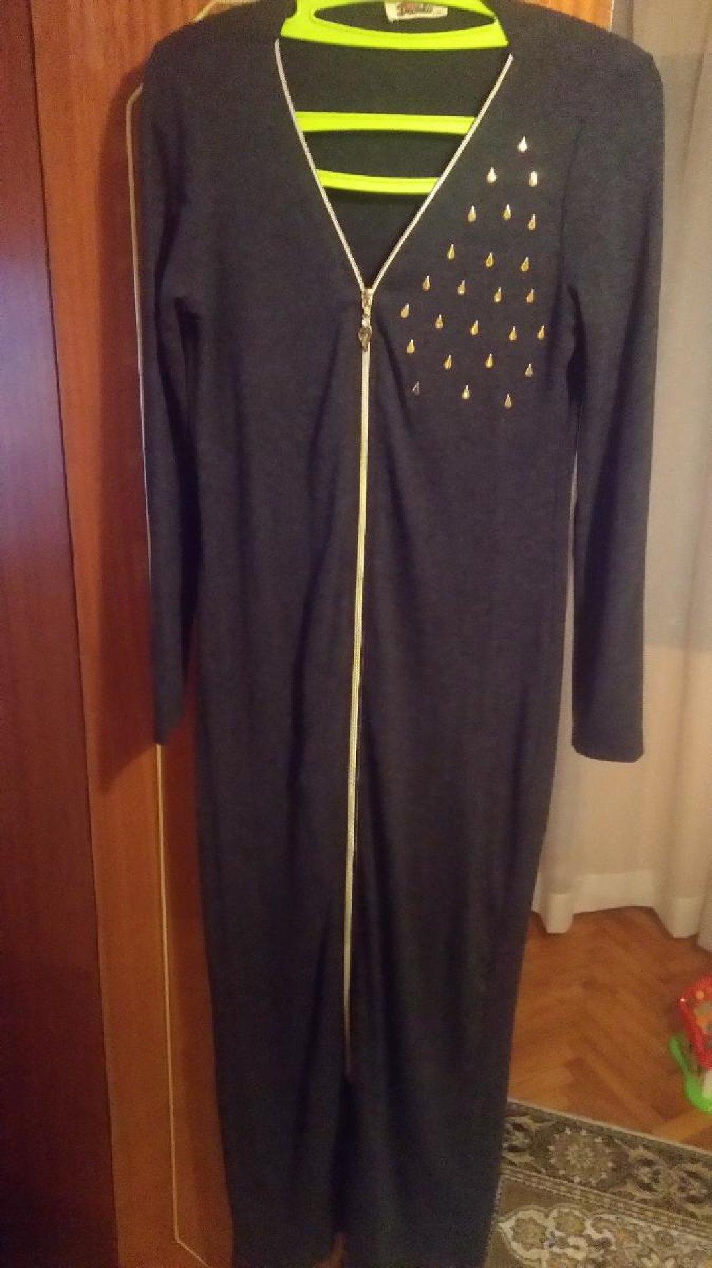 Nova duga haljina. otkopcana moze i kao ogrtac