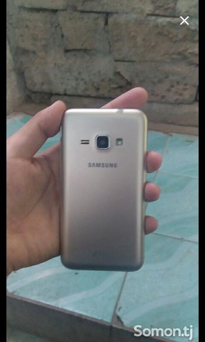 Б/у Samsung Galaxy J1 8 ГБ . Photo 1